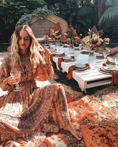 Beautiful boho aesthetic, relaxed vibes and gorgeous earthy colours ~ a gypsy birthday dream Boho Garden Party, Bohemian Party, Garden Parties, Gypsy Party, Boho Party Ideas, Bohemian Birthday Party, Boho Themed Party, Picnic Birthday, Garden Birthday