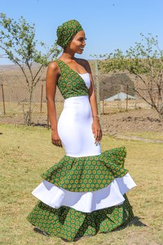 African Print Wedding Dress, African Bridesmaid Dresses, African Wedding Attire, African Attire, African Inspired Fashion, Latest African Fashion Dresses, African Dresses For Women, African Print Fashion, South African Traditional Dresses
