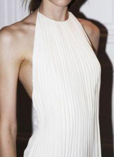 plissée dress
