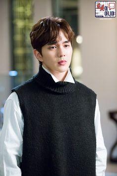 I'm not a robot, I am not a robot Asian Actors, Korean Actors, Korean Dramas, Korean Men, Yo Seung Ho, Cinderella And Four Knights, Park Bo Gum, Boy Idols, Weightlifting Fairy Kim Bok Joo