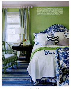 To add weight to the bright green guest room in a Colonial Revival house in Lattingtown, New York, designer Meg Braff covered the headboard and sofa in Starry Night, a large-scale deep blue chinoiserie toile from Schumacher. Rug and chair from Meg Braff. Bedroom Green, Green Rooms, Bedroom Colors, Bedroom Decor, Green Walls, Master Bedroom, Pretty Bedroom, White Bedroom, Teen Bedroom