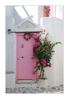 Pretty in Pink Door house in Paros , Greece Cool Doors, The Doors, Unique Doors, Windows And Doors, Front Doors, Front Entry, Pretty In Pink, When One Door Closes, Pink Houses