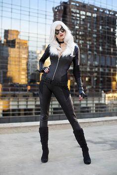 Black Cat, by Anna Fischer at NYCC.