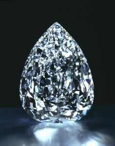 De Beers Millennium Star, a D-color, internally and externally flawless pear-shape, cut to perfect proportions, weighing a hefty 203.04 carats