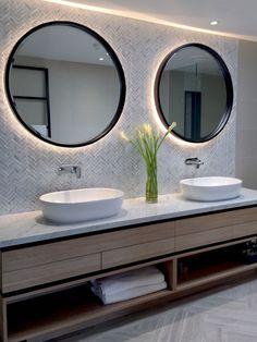 boho Bathroom Decor The InterContinential Sanctuary Cove, Gold Coast von DBI Design. Boho Bathroom, Bathroom Styling, Small Bathroom, Bathroom Grey, Master Bathroom, Bathroom Ideas, Bathroom Design Luxury, Bathroom Inspiration, Interior Design Living Room