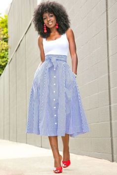 White Bodysuit + Gingham Midi Skirt (Style Pantry) - Lilly is Love Mode Outfits, Skirt Outfits, Dress Skirt, Outfit Online, Casual Dresses, Fashion Dresses, Summer Outfits, Summer Dresses, Autumn Outfits