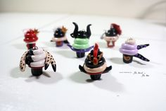 Villains Cupcake Pendants Set by TheBirdTheBee on Etsy, $55.00 Polymer Clay Disney, Polymer Clay Charms, Disney Cupcakes, Mini Cupcakes, Cute Charms, Diy Clay, Clay Creations, Pendant Set, Clay Jewelry