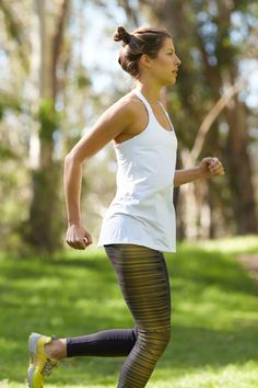 Don't let runner's knee cripple your running progress. Try these tips to strengthen knees and eliminate the aches and pains.