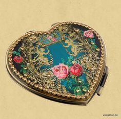Michal-Negrin-Compact-Mirror