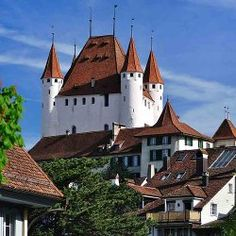 Switzerland's castles and chateaux  - Lonely Planet