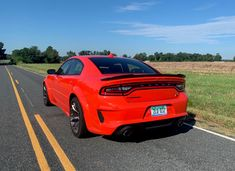 12 Things We LOVE About the Dodge Charger R/T Scat Pack — Auto Trends Magazine Charger Srt Hellcat, Dodge Charger Srt, Alpine Audio, Full Size Sedan, Toyota Avalon, Trends Magazine, High Beam, Brake Calipers, Aluminum Wheels