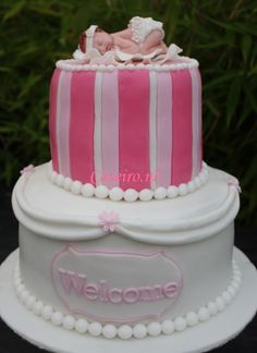 Babyshower cake Pink Welcome.