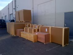 Not only do we build shipping crates. We also ship them world wide !