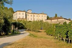 Villa for sale in historic Tuscany countryside . www.lucaevillas.it