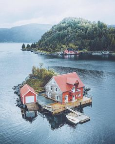 Top 10 Best Places to Visit in Norway - Tour To Planet Places Around The World, The Places Youll Go, Cool Places To Visit, Places To Travel, Places To Go, Around The Worlds, Scenery Photography, Travel Photography, Night Photography
