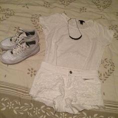 Tenue 8 #short #top #teeshirt #basket #white #white #white #inspired #pinterest #day #love