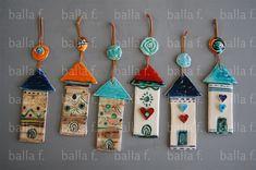 Αποτέλεσμα εικόνας για κεραμικα γουρια Clay Crafts, Diy And Crafts, Crafts For Kids, Christmas Home, Christmas Crafts, Christmas Ornaments, Clay Projects For Kids, Decoupage, Polymer Clay