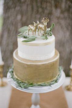 Fall Wedding Inspiration : Gold, White, Plum, Green