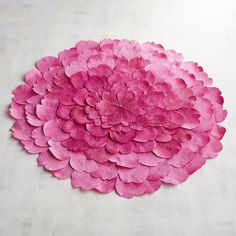 Pier 1 Imports Flower Placemat ($10) ❤ liked on Polyvore featuring home, kitchen & dining, table linens, pink, flower placemats, flower stem, pier 1 imports and pink placemats