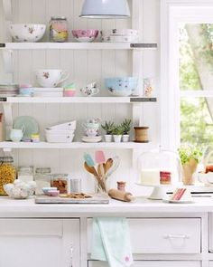 manic monday: the cutest tidy kitchen! / via Sarah Kaye - ph. (my ideal home. Tidy Kitchen, Kitchen Decor, Kitchen Design, Kitchen Shelves, Kitchen Tools, Cocina Shabby Chic, Pastel Kitchen, My Ideal Home, Home And Deco