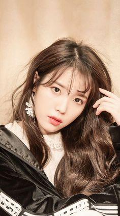 IU Korean Girl, Asian Girl, Idole, Korean Celebrities, Korean Actresses, Aesthetic Girl, Me As A Girlfriend, Korean Singer, Beautiful Actresses