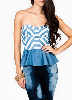 Show off those sexy shoulders, as well as your style sense, with this partially lined, non-stretchy tube top.