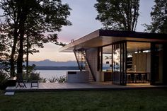 Seattle-based MW Architects created Case Inlet Retreat, a cabin worthy of praise for its uncomplicated and gorgeous design. Concrete and glass make up the first impression of thehouses' structure,...