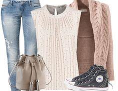 Dieses wunderschöne #Outfit ist super alltagstauglich und kommz in tollen #Pastelltönen ♥