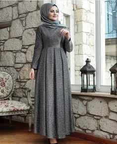 Hijab Evening Dress, Hijab Dress Party, Hijab Style Dress, Evening Dresses, African Fashion Dresses, Fashion Outfits, 80s Fashion, Fashion Tips, Mode Abaya