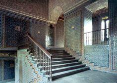 Casa Pilates, Sevilha. Azulejos Aresta padrões arrumados em painéis : )