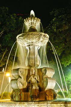 Antigua Guatemala de noche   Flickr: Intercambio de fotos