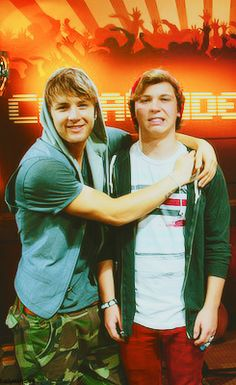 Drew Chadwick and Keaton Stromberg #emblem3 I love Keaton's face in this picture! Lol