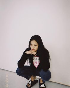 Black Pink Yes Please – BlackPink, the greatest Kpop girl group ever! Kpop Girl Groups, Korean Girl Groups, Kpop Girls, Blackpink Jennie, K Pop, Kim Jisoo, Blackpink Photos, Blackpink Fashion, South Korean Girls