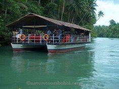Experience floating restaurants and invigorating short cruises, tarsier, lemurs, lorises, and monkeys you have never seen before!