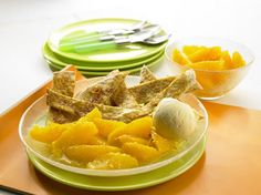 Saftige Orangen in goldenem Karamellsirup, serviert mit süßen gebackenen Tortillas.