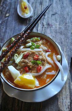 Traditional Malay dish, Laksa Asam.