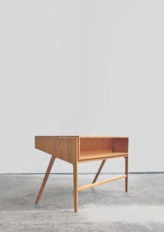 sold by B22 Design.   desk   Coen de Vries   Everest   1955
