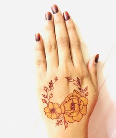 A new mehendi technique for mehendi lovers. Kashee's Mehndi Designs, Palm Mehndi Design, Floral Henna Designs, Finger Henna Designs, Heena Design, Mehndi Designs For Beginners, Mehndi Designs For Girls, Mehndi Design Photos, Wedding Mehndi Designs