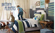 boys room green/navy