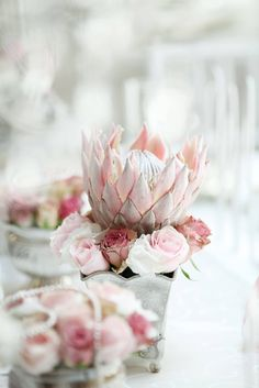 I find this so pretty Protea Wedding, Silk Wedding Bouquets, Bride Bouquets, Wedding Flowers, Wedding Themes, Wedding Decorations, Wedding Ideas, Table Decorations, Jar Centerpieces