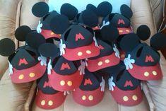 Manualidades TiendasOff: Gorras Mickey Mouse en foami
