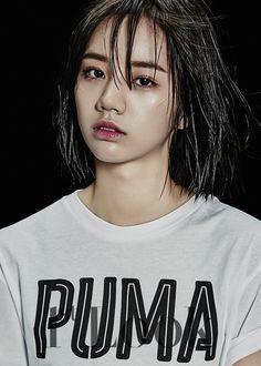 Hyeri (Girl's Day) - Look Magazine vol. Asian Short Hair, Asian Hair, Short Hair Cuts, Short Hair Styles, Lee Hyeri, Girl's Day Hyeri, Kpop Girl Groups, Korean Girl Groups, Kpop Girls