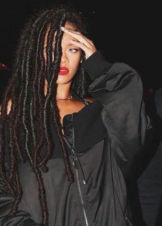Rihanna, Dreadlocks More