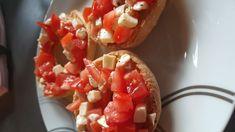 """""""Freselle"""" fatte in casa · La cucina di elsa's blog Friselle Recipe, Bruschetta, Elsa, Panini, Ethnic Recipes, Oven"""