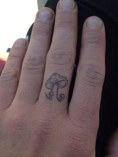 mushroom finger tattoo i did on a friend he loves it :) Mini Tattoos, Dainty Tattoos, Pretty Tattoos, Cute Tattoos, Unique Tattoos, Body Art Tattoos, Small Tattoos, Cool Finger Tattoos, Tatoos