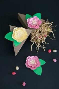 Floral Pie Box Favors   like-the-cheese.com for Silhouette