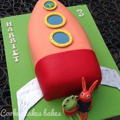 Wanda and the Alien - birthday cake in Jaffa Cake flavour - orange drizzle cake orange cake and chocolate buttercream