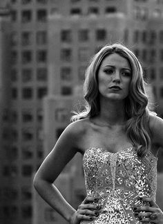 Ever since gossip girl I've been obsessed with Blake Lively. She's always looking so pretty and just done up. Perfect People, Pretty People, Beautiful People, Celebrity Gallery, Celebrity Style, Look At You, Looks Cool, Girl Crushes, Famous Faces