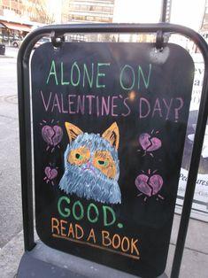Grumpy Cat outside of bookstore