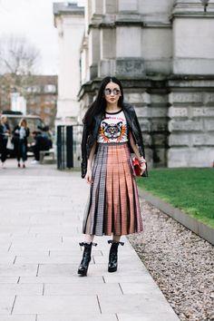 On the street at London Fashion Week. Photo: Moeez. February 2017 #StreetStyle